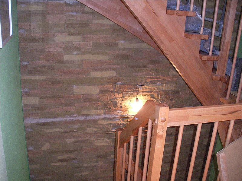 Treppenhaus gestalten, Steinoptik