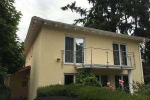 Maler-Hauser-Fassade-streichen